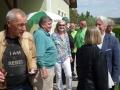 Die Gäste aus Oftering und Umgebung und der Bezirksobmann treffen ein